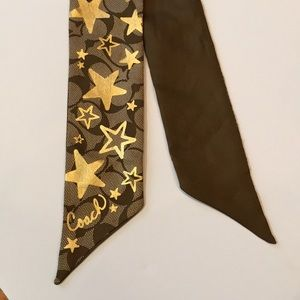 Coach Brown/Gold Star Signature Scarf